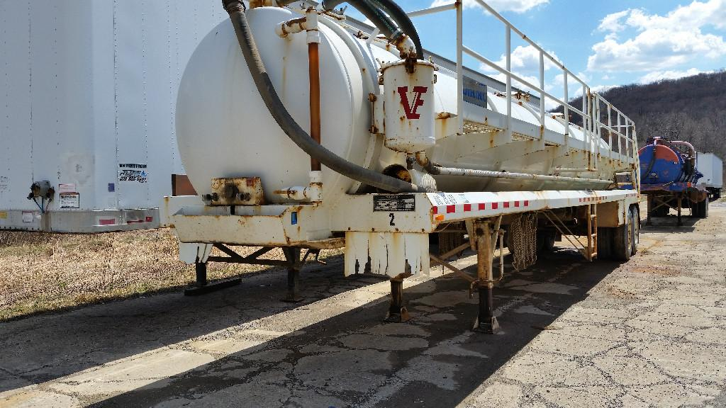 2010 VE Enterprises Vacuum Tank Trailer